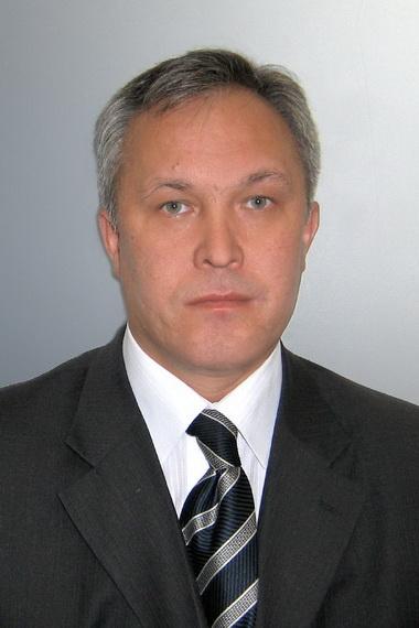 Мавзютов Айрат Радикович.