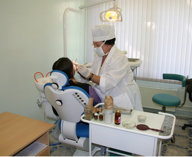 Посещайте стоматолога.
